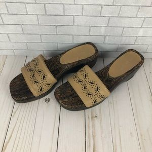 Gianni Bini Tan Leather Wood Wedge Sandal Sz 9.5